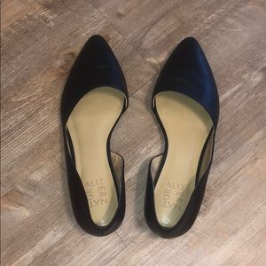 Black Naturalizer pointed toe flats